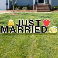 Just married yard letters